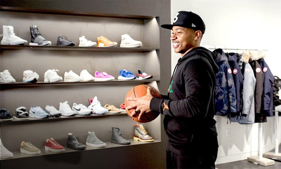 Isaiah Thomas Goes Sneaker Shopping With Complex